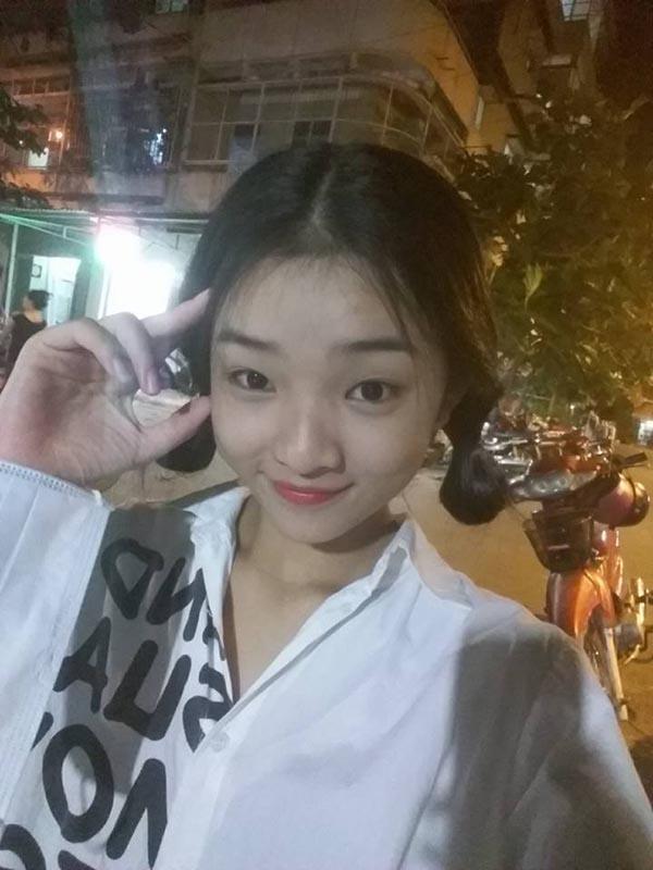 Diện mạo phổng phao của người mẫu 14 tuổi gây xôn xao làng giải trí Việt - Ảnh 12.