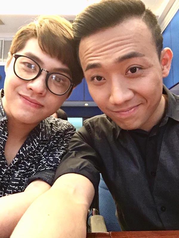 Hành động phì cười của Noo Phước Thịnh khi gặp trai đẹp Việt - Ảnh 10.