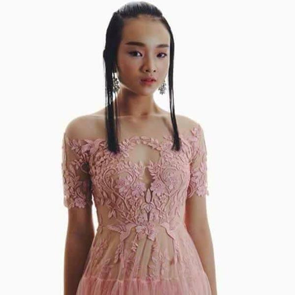Diện mạo phổng phao của người mẫu 14 tuổi gây xôn xao làng giải trí Việt - Ảnh 6.