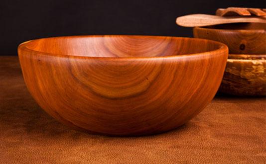 Cha, con trai và bài học nhân quả từ chiếc bát gỗ - Ảnh 2.