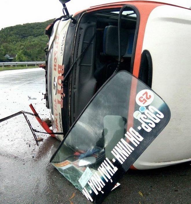 Chiếc xe bị hư hỏng nghiêm trọng.