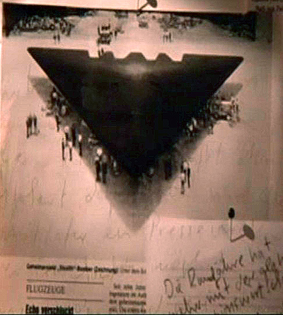 Rò rỉ thông tin: Mỹ sở hữu dự án vũ trụ đen, thâu tóm mọi công nghệ ngoài hành tinh - ảnh 2