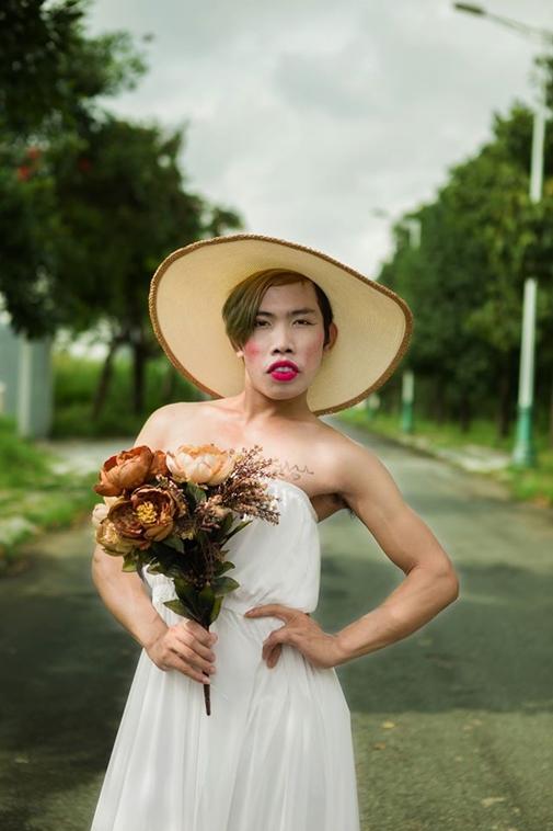 Các bạn trẻ Việt đang ghen tị một cách nhỏ nhen với Tùng Sơn? - Ảnh 1.