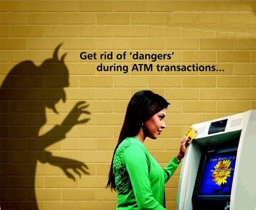 Nguy hiểm chết người từ tờ biên lai ATM vô hại! - Ảnh 1.