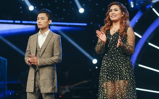 Vietnam Idol: MC Phan Anh trố mắt trước hành động lạ của Thu Minh - Ảnh 1.