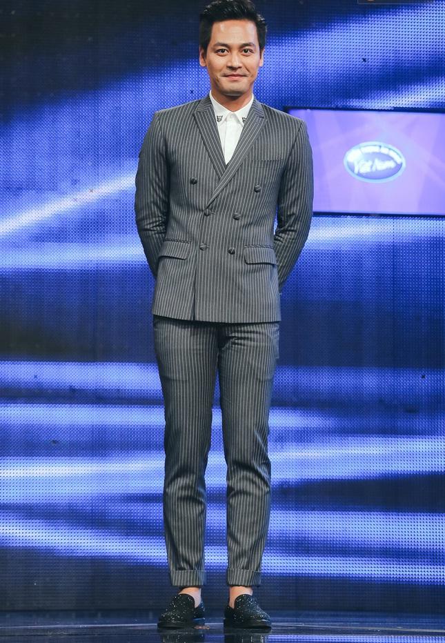 Vietnam Idol: MC Phan Anh trố mắt trước hành động lạ của Thu Minh - Ảnh 3.