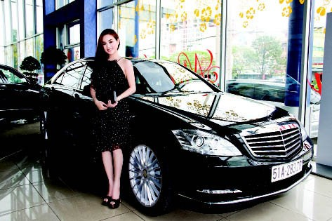 """Cuộc sống như """"bà hoàng"""" của Vy Oanh sau khi lấy chồng đại gia - Ảnh 22."""