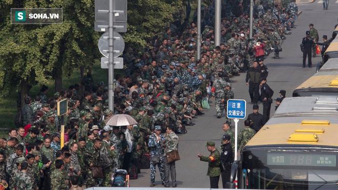 Cựu binh Trung Quốc biểu tình: Sự thách thức với Trung Nam Hải - Ảnh 2.