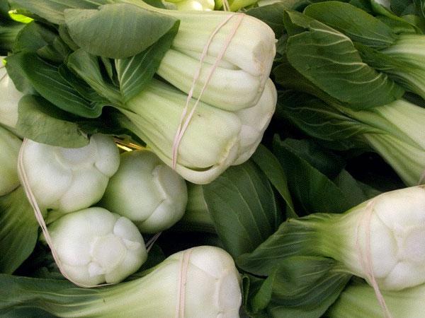 Ngoài trứng và sữa, bố mẹ nhất định phải cho con ăn các loại rau kích thích chiều cao - Ảnh 2.