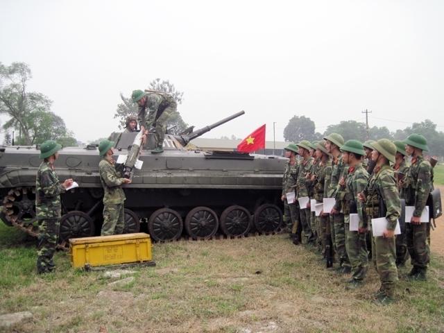 Đại tá Việt Nam: Bình luận về tên lửa chống tăng có điều khiển - Ảnh 1.