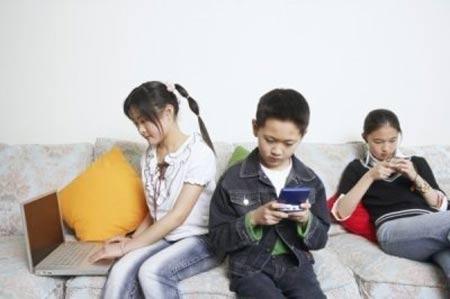 Con trai 10 tuổi liên tục giơ chân đạp mẹ và bài học 4 điều phụ huynh đừng quên! - Ảnh 3.