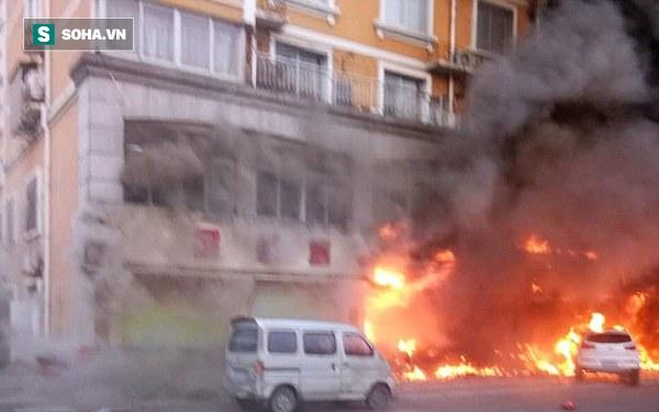 Trung tâm chăm sóc sắc đẹp bốc cháy dữ dội, ít nhất 18 người chết - Ảnh 2.