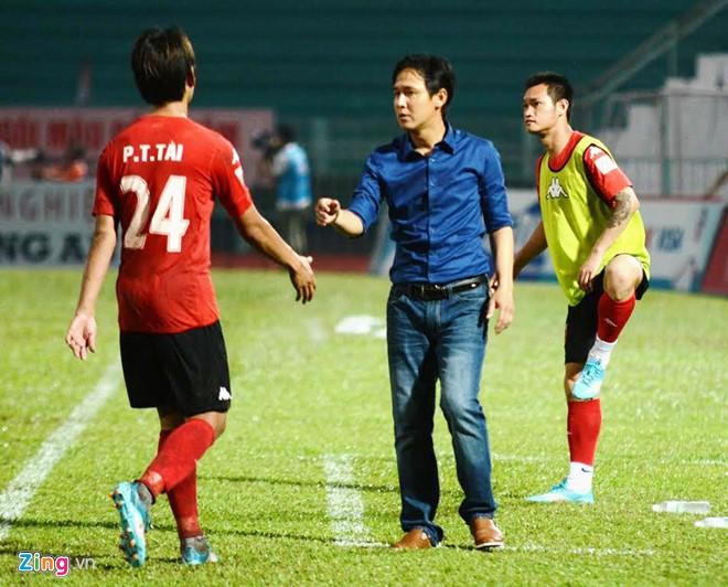 Công Phượng chói sáng, cùng Văn Thanh làm người hùng cho HAGL - Ảnh 2.