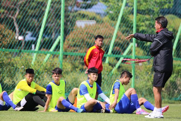 U20 Việt Nam đến World Cup với bàn tay sắt bọc nhung - Ảnh 2.