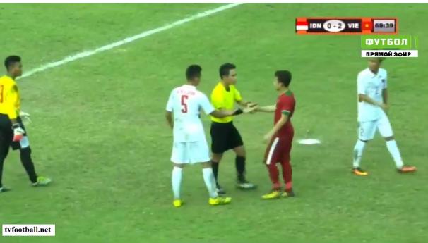 Tường thuật U18 Việt Nam 3-0 U18 Indonesia: Tuyệt vời quá, Lê Văn Nam! - Ảnh 3.