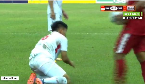 Tường thuật U18 Việt Nam 3-0 U18 Indonesia: Tuyệt vời quá, Lê Văn Nam! - Ảnh 2.