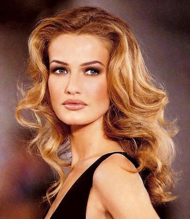 Cuộc đời bi kịch của cựu thiên thần Victoria's Secret: Nhiều lần bị cưỡng bức - Ảnh 1.