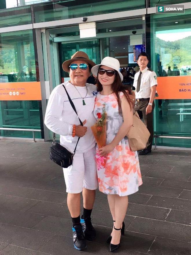 Chuyện đời nghệ sĩ Phú Quý: Tiền nhiều nhét bao tải bỏ gậm giường và mối tình với vợ kém 20 tuổi - Ảnh 6.