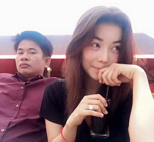 Chồng cầm súng bắn chết vợ là Á quân The Voice chấn động Campuchia: Nguyên nhân vì 1 bức ảnh?  - Ảnh 2.