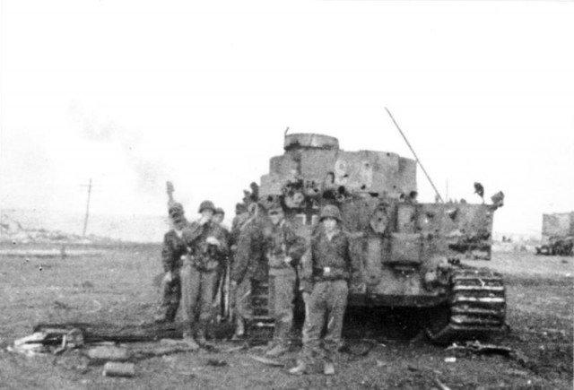 Trận đấu tăng lớn nhất trong lịch sử - Những hình ảnh từ phía Đức - Ảnh 1.