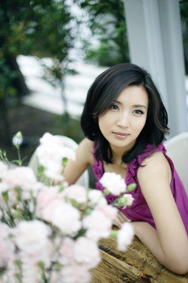 Vẻ đẹp vạn người mê ở tuổi 38 của diễn viên Như ý, Cát Tường - Ảnh 12.