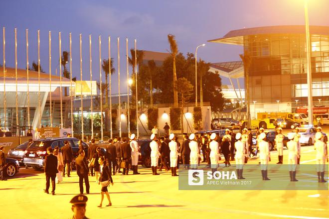 Quốc vương Brunei tự lái Cung điện bay siêu sang A340-212 tới Đà Nẵng dự APEC - Ảnh 4.