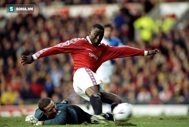 Bị Arsenal đuổi thẳng cổ, phải lòng Dwight Yorke và làm nên lịch sử cùng Man United - Ảnh 2.