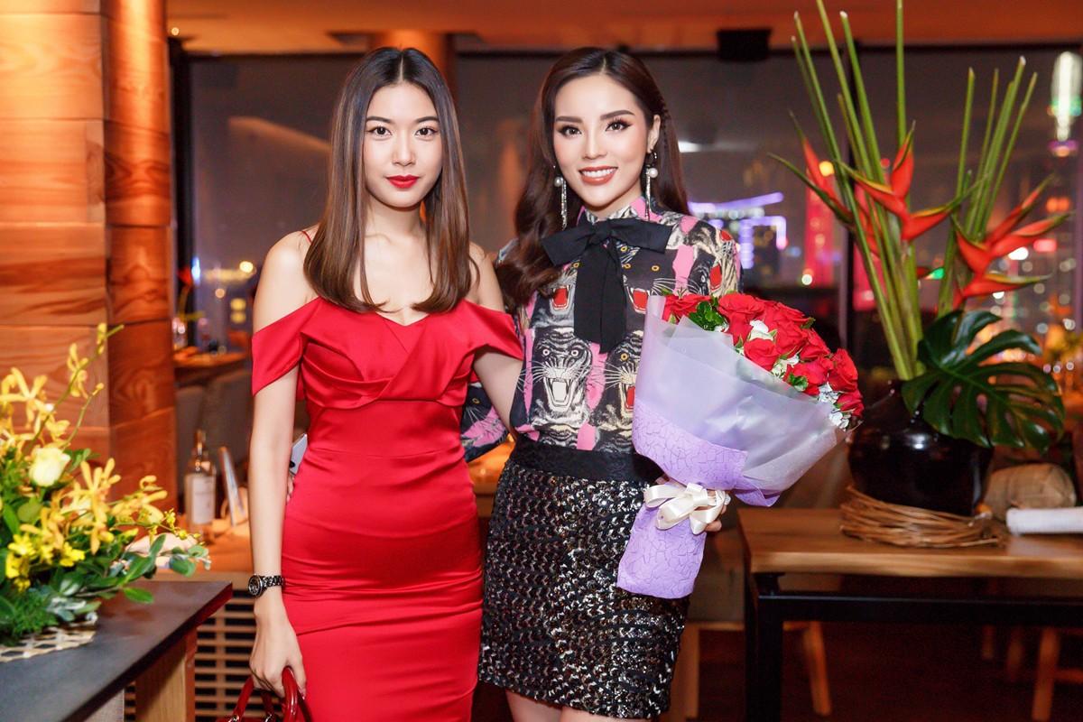 Tiệc sinh nhật sang trọng mừng tuổi 21 của hoa hậu Kỳ Duyên