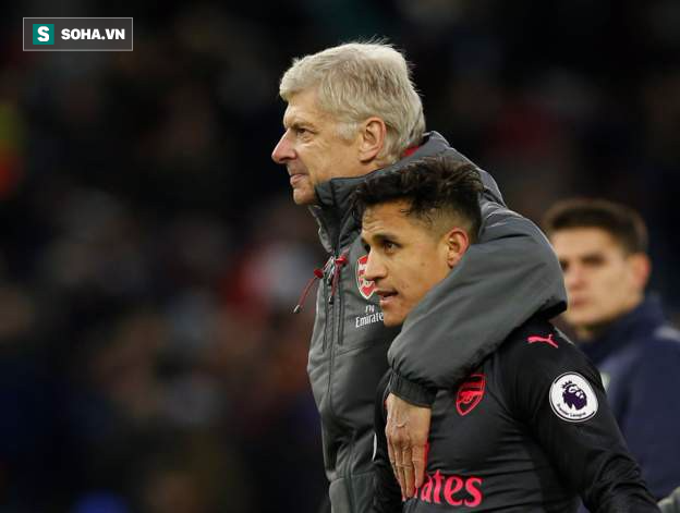 Thắng nghẹt thở đúng phút bù giờ, Arsenal đòi lại vị trí thứ tư thân thuộc - Ảnh 2.