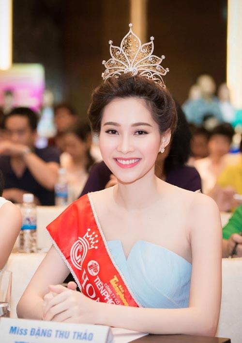 Đặng Thu Thảo có làm mất giá trị của Hoa hậu Việt Nam như lời NTK Việt Hùng nói? - Ảnh 1.