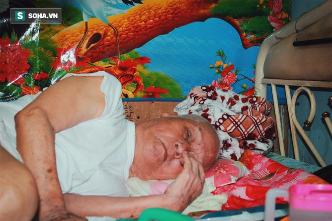 Cháu dâu chăm sóc nhạc sĩ Nguyễn Văn Tý bức xúc: Tôi mệt mỏi với cái nhà này lắm - Ảnh 1.