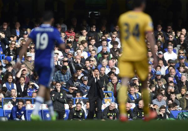 Bù giờ 11 phút, Chelsea vẫn gục ngã trong trận derby thành London - Ảnh 15.
