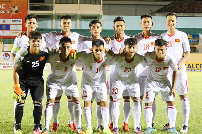 Bí mật thú vị về người thầy của hai ngôi sao U20 Việt Nam - Ảnh 2.