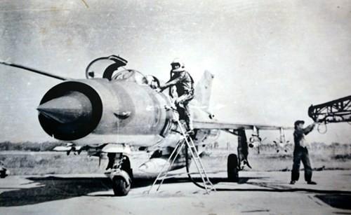 Nghệ thuật tác chiến Phòng không-Không quân rút ra từ Chiến dịch phòng không tháng 12-1972 (*) - Ảnh 1.