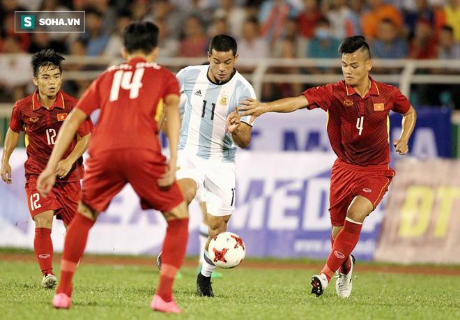 Ai đem cà bán cho U20 Việt Nam của HLV Hoàng Anh Tuấn đi kìa! - Ảnh 3