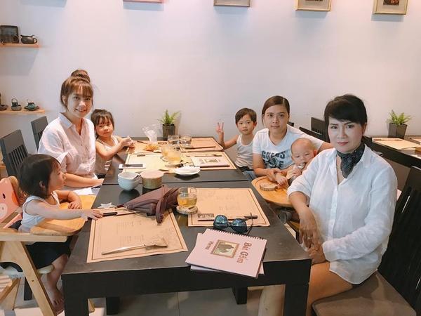 Mẹ vợ của Lý Hải trẻ đẹp khiến nhiều người lầm tưởng là chị gái Minh Hà - Ảnh 2