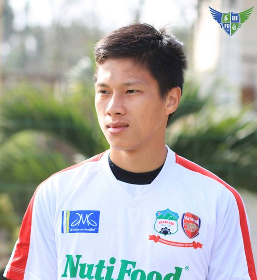 Hình ảnh Nguyễn Hữu Anh Tài xuất hiện trên tờ báo Hàn Quốc sáng 9/2.