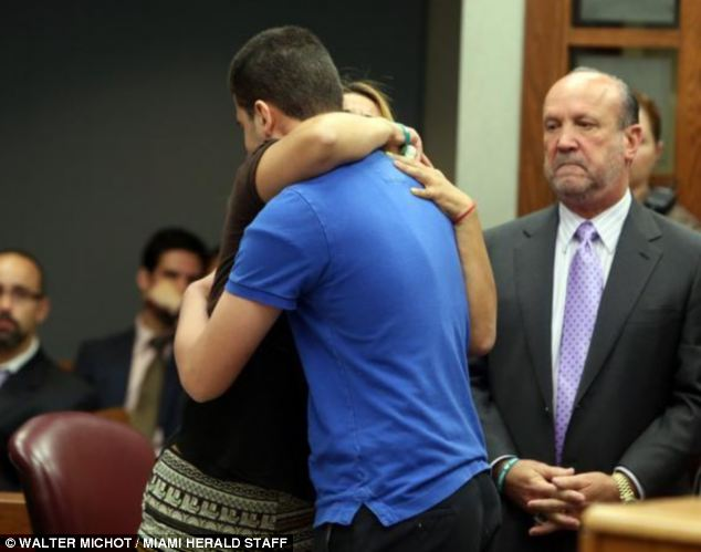 Giết bạn, cậu bé 15 tuổi nhận hình phạt cao nhất vượt xa bản án của tòa - Ảnh 2.