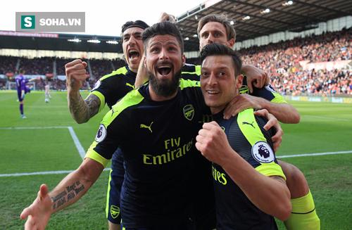 """Vượt qua """"bàn thắng bẩn"""", Arsenal tạo nên màn cao trào cho cuộc đua top 4 - Ảnh 1"""
