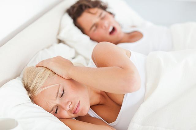 Kiên trì xoa bóp 3 huyệt vị, mất ngủ kinh niên không còn là nỗi lo - Ảnh 2.