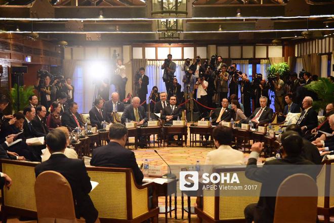 [ẢNH] Các trưởng đoàn kinh tế dự Đối thoại không chính thức APEC-ASEAN - Ảnh 6.
