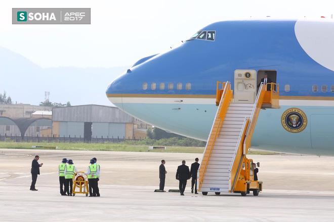 Mật vụ Mỹ đến sân bay, Air Force One sẵn sàng đưa tổng thống Trump rời Đà Nẵng ra Hà Nội 1