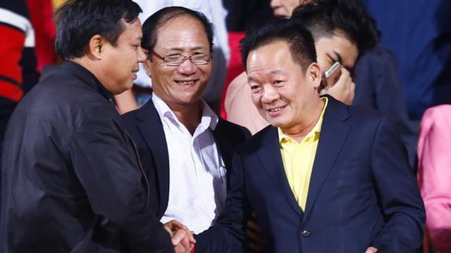 """Bầu Hiển đáp trả hùng hồn trước cáo buộc khuynh đảo bóng đá Việt Nam"""" - Ảnh 1."""