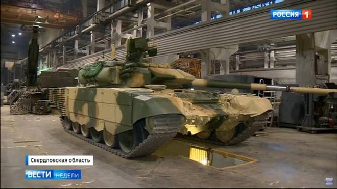 Việt Nam tiếp nhận vũ khí năm 2017: Lục quân, PK-KQ trầm lắng - Hải quân, CSB thăng hoa - Ảnh 1.