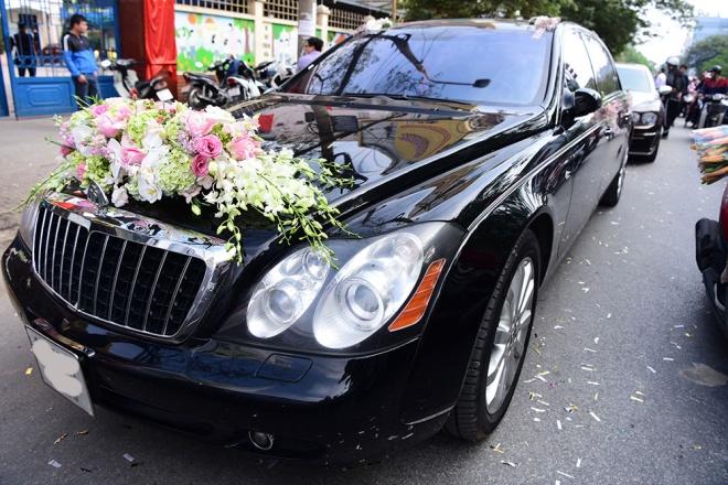Toàn cảnh đám hỏi xa hoa, lộng lẫy của Thu Ngân: Hoa hậu buộc phải tháo bớt vàng - ảnh 3