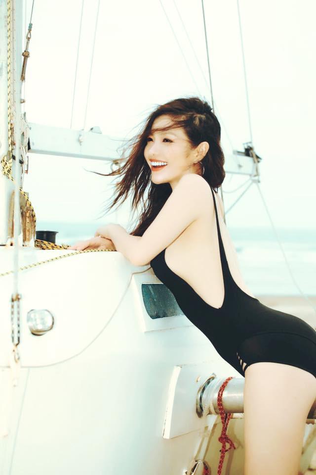 Phong cách sexy của cô gái đẹp nhất phim Việt mặc áo yếm đang gây tranh cãi - Ảnh 5.