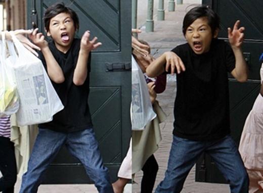 Cuộc sống sóng gió của Pax Thiên trong vụ ly dị của 2 siêu sao hàng đầu Hollywood - Ảnh 5.