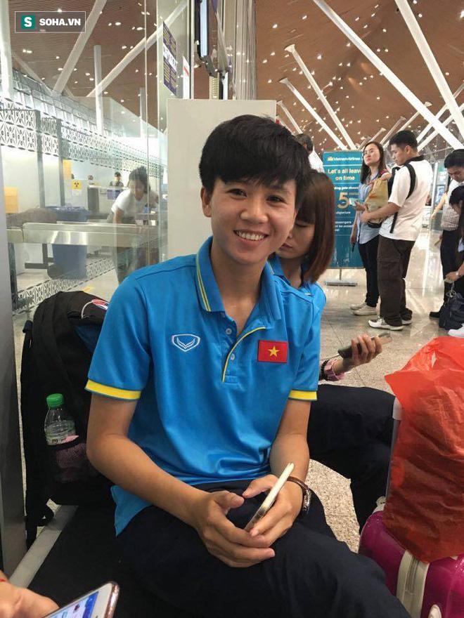 Livestream: Đội bóng đá nữ Việt Nam về nước trong vòng tay người hâm mộ - Ảnh 16.
