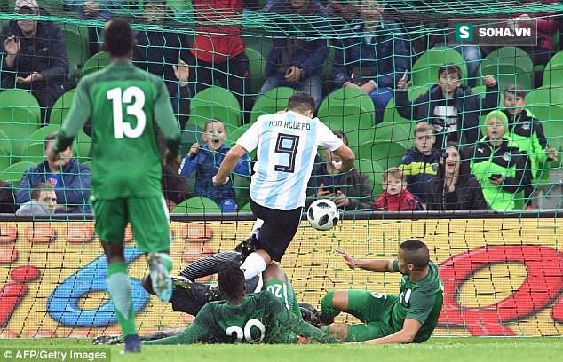 Vắng Messi, Argentina nhận kết cục khó tin ngay trên sân nhà - Ảnh 2.