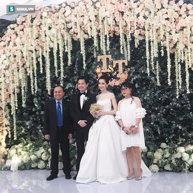 [TRỰC TIẾP] Toàn cảnh đám cưới Đặng Thu Thảo: Không gian cưới lộng lẫy như truyện cổ tích - Ảnh 10.